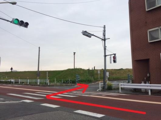 event-shinozakirinji_河川敷駐車場入口(一之江ICから)